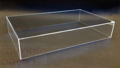Teca - vetrinetta in plexiglass. Cm. 80 x 20 x H. 7