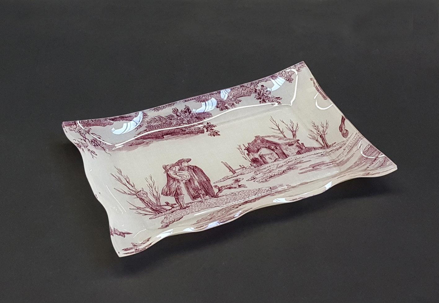 "Vuotatasche - vassoietto in plexiglass con tessuto ""Toile de jouy"" BORDEAUX"