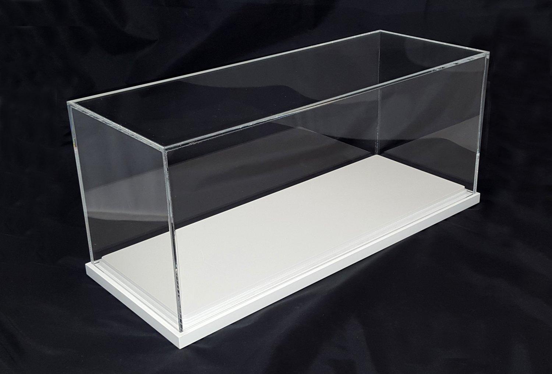 Teca - vetrinetta in plexiglass per modellini con base legno laccato bianco cm. 23,5 x 58,5