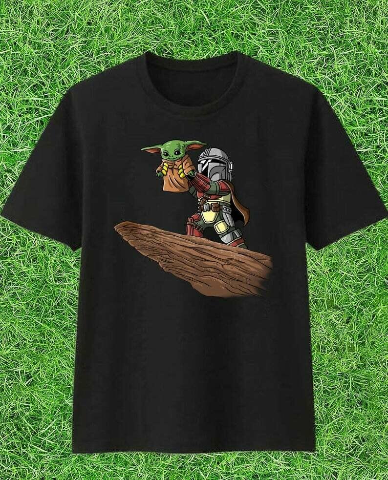Baby Yoda Mandalorian Star Wars Kawaii King Boba Fett Lion King Pride Rock Mandalorian Funy Merry Christmas 2019 Gifts Noel Party T-Shirt