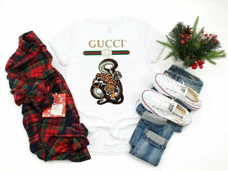 Snake Tiger Logo Gucci, Gucci Shirt, Gucci T-shirt, Gucci Logo, Gucci Fashion shirt, Fashion shirt, Gucci Design, Snake Gucci vintage shirt