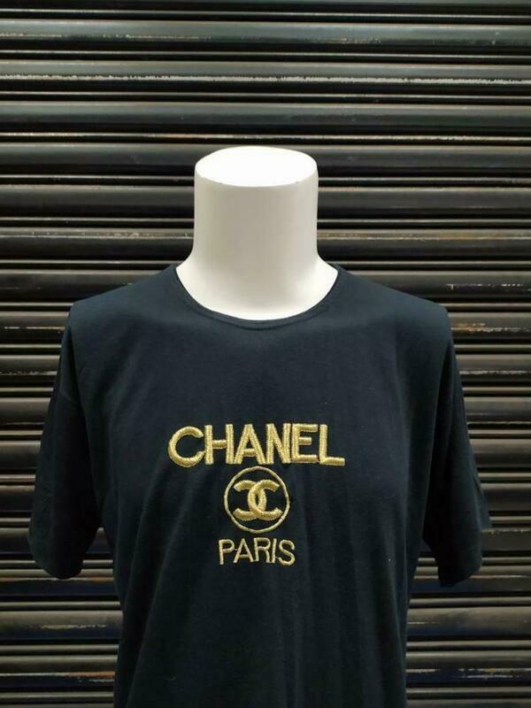 Costcotee Chanel Paris top women tshirt / medium size