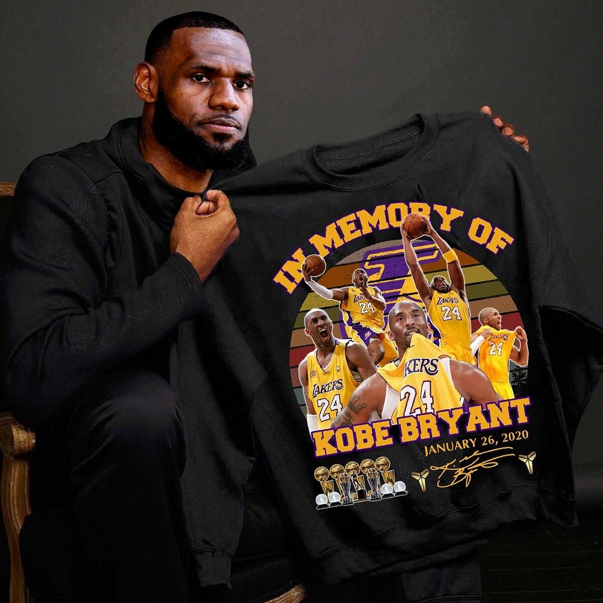 Vintage Retro In Memory Of Kobe Bryant January 26 2020 Signature T-shirt, Hoodie, Sweatshirt, Long Sleeve, Ladies T-shirt, Young Tee