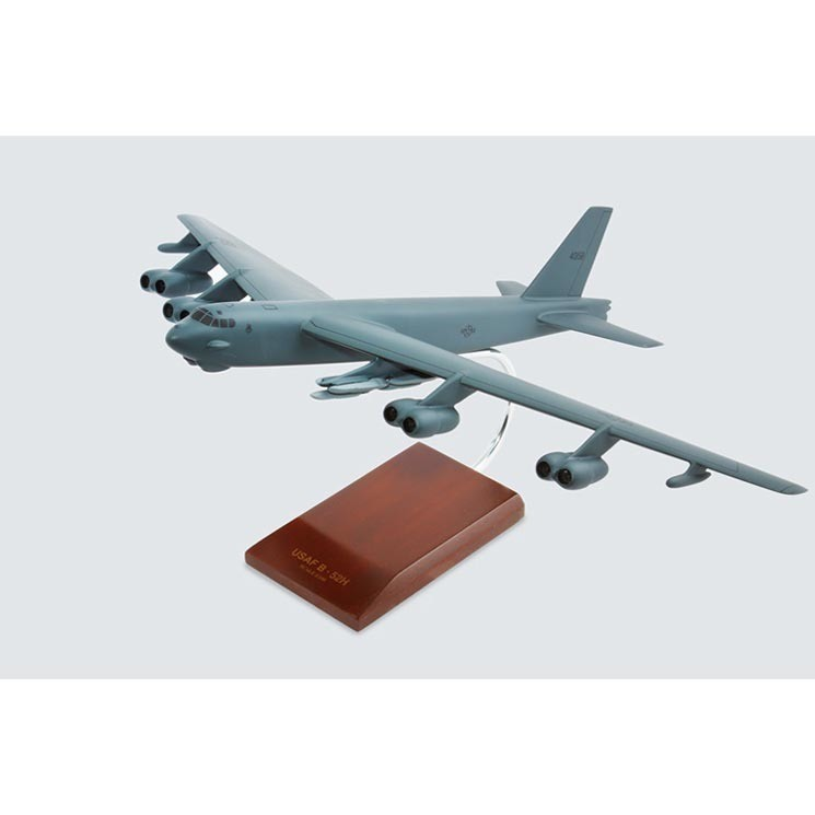 B-52H Stratofortress 1/100