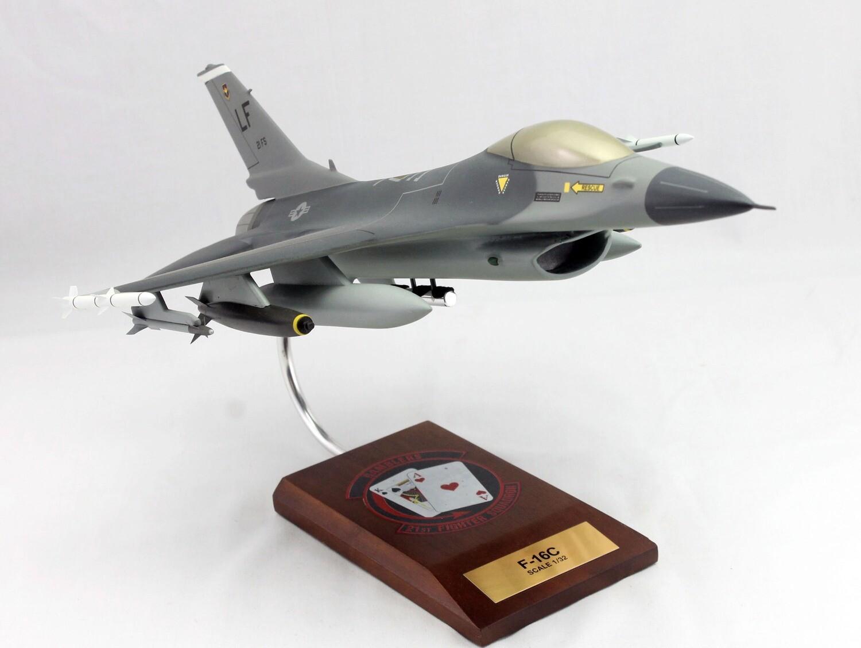 Mastercraft Collection F-16C Falcon 1/32 21st Fighter Squadron  (Luke AFB)