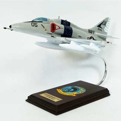 A-4F Skyhawk USN 1/32 Model Aircraft