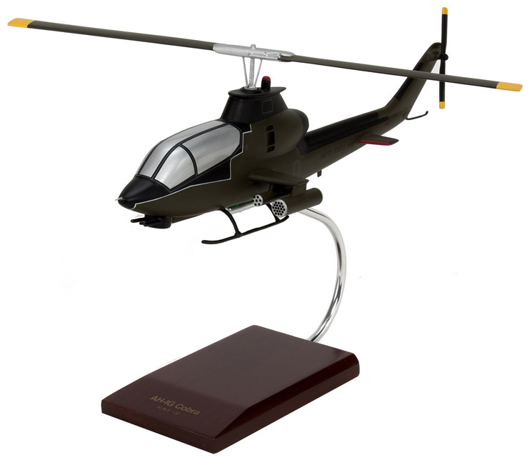 AH-1G Cobra 1/32 Helicopter Scale Model