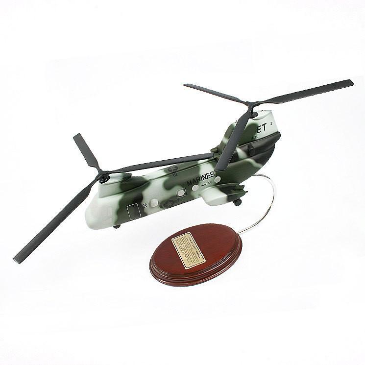 Boeing Vertol CH-46 Sea Knight 1/45 Desktop Model Helicopter
