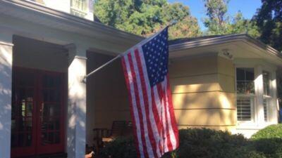 White Metal House Flag Pole - 5.75 Ft