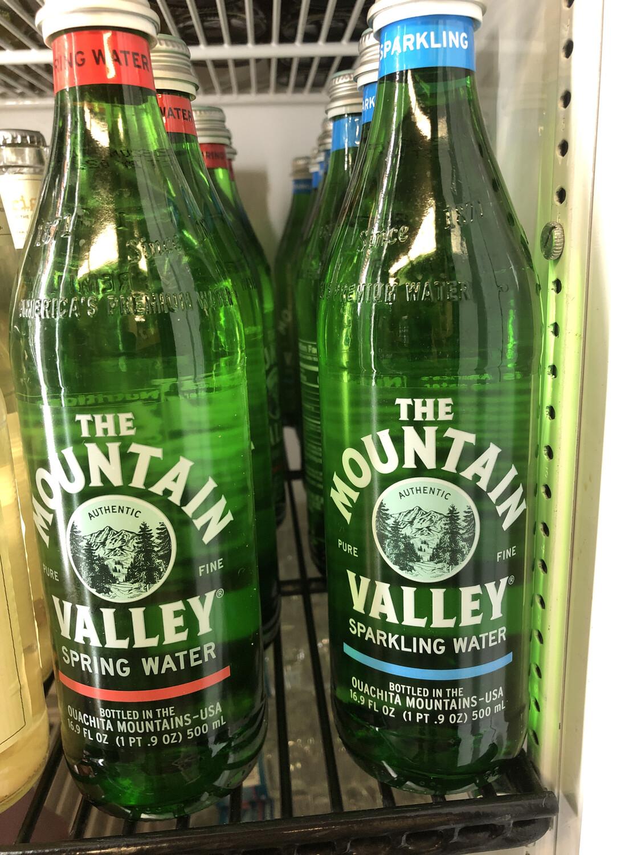 Water Mt. Valley 16.9 Oz. Sparkling