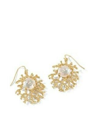 Coral Treasure Earrings Pearl