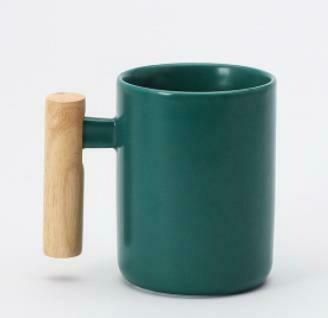 """285001.2 Кружка """"Ручка-брусок"""" h=11см, d=7,6см, 400мл, керамика/дерево зеленый"""