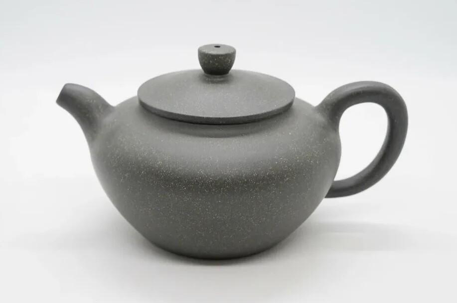 """259036 Чайник ИСИН """"Бянь Фу - Плоский живот"""" 280мл, глина зеленый, слив в форме полусферы"""
