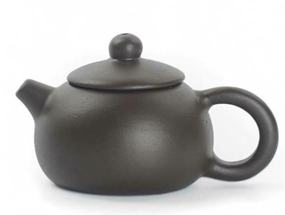 """243052.9 Чайный талисман КРОШКА """"Красавица Сиши"""" h=3,9см, l=6,8см, 18мл, глина коричневый"""