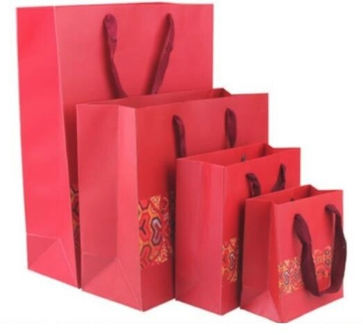 246005 Пакет с ручками, 45х35х15см, картон. Красный