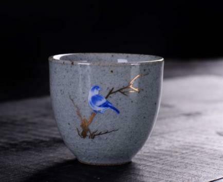 """268094.2 Пиала РЕТРО """"Птичка на ветке"""" роспись по эмали h=5см, d=7,2см, 70мл, керамика голубой"""