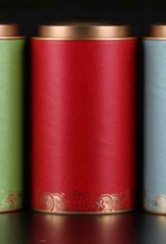 """269036.3 Банка МОРЕ ЧАЯ """"Красная"""" h=17,5см, d=9,9см, картон/жесть красный"""