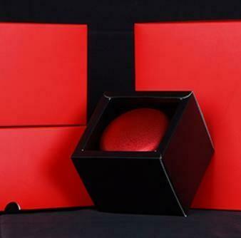 306021.1 Коробка + Сумка для 1 банки, картон красный + пакет