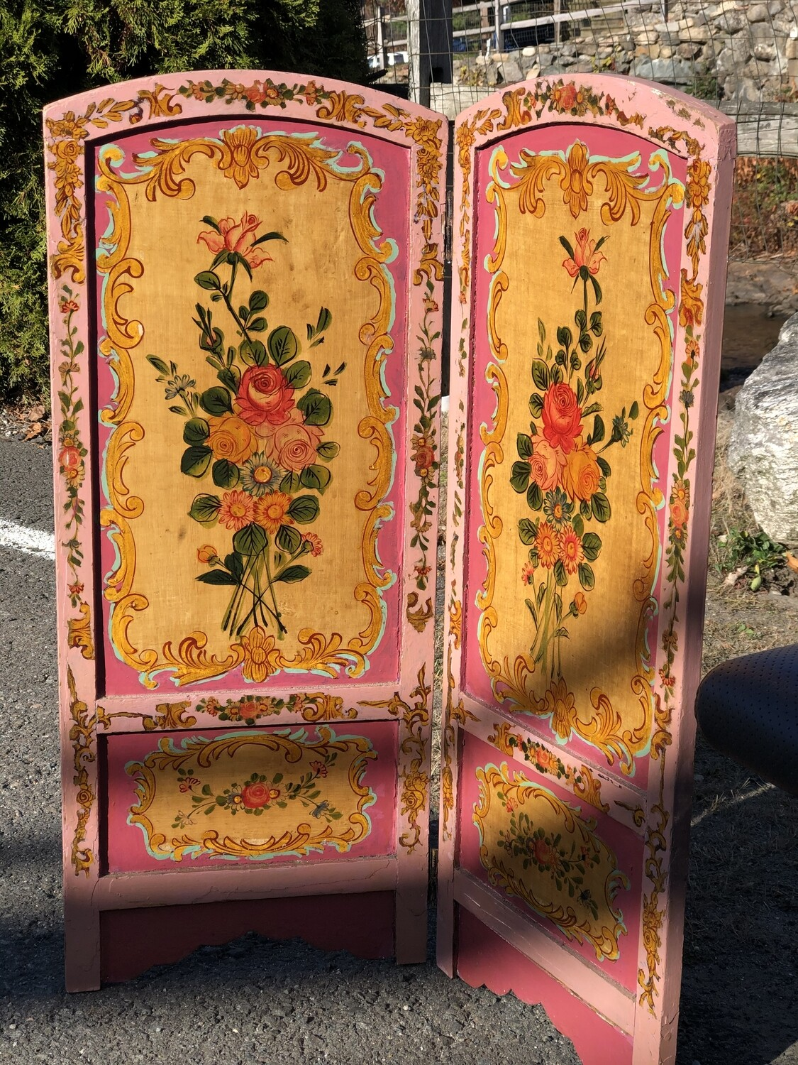 Hand Painted Floral Victorian Divider