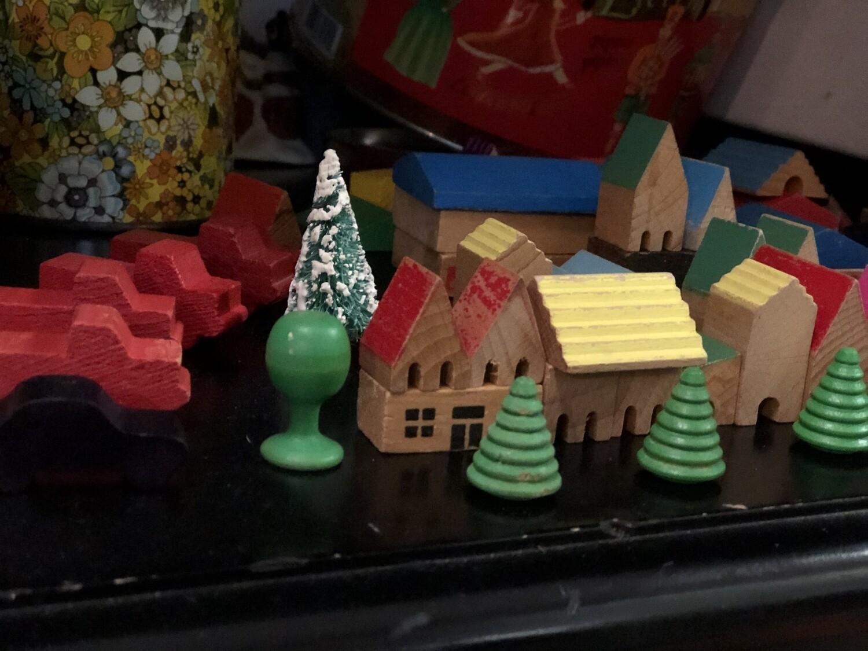 Tiny Block Set - Vintage Christmas Village
