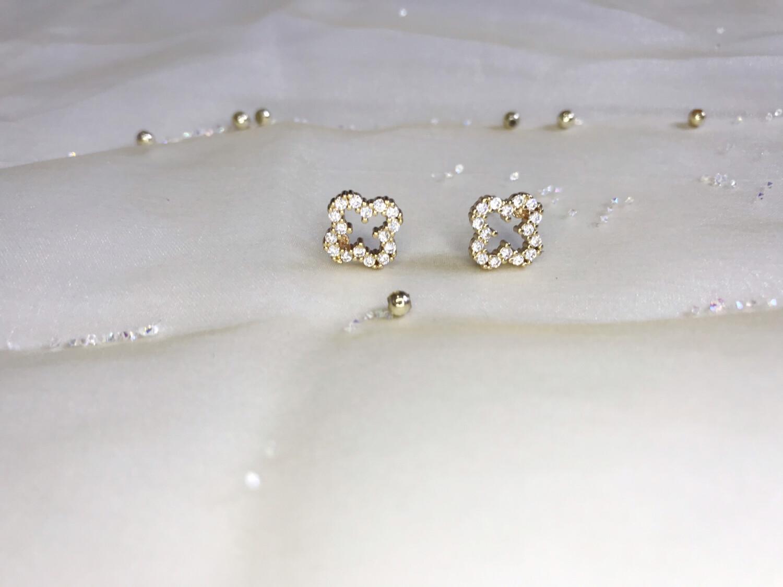 Σκουλαρίκι στρογγυλό σταυρουδάκι ανοξείδωτο 1 ζευγάρι
