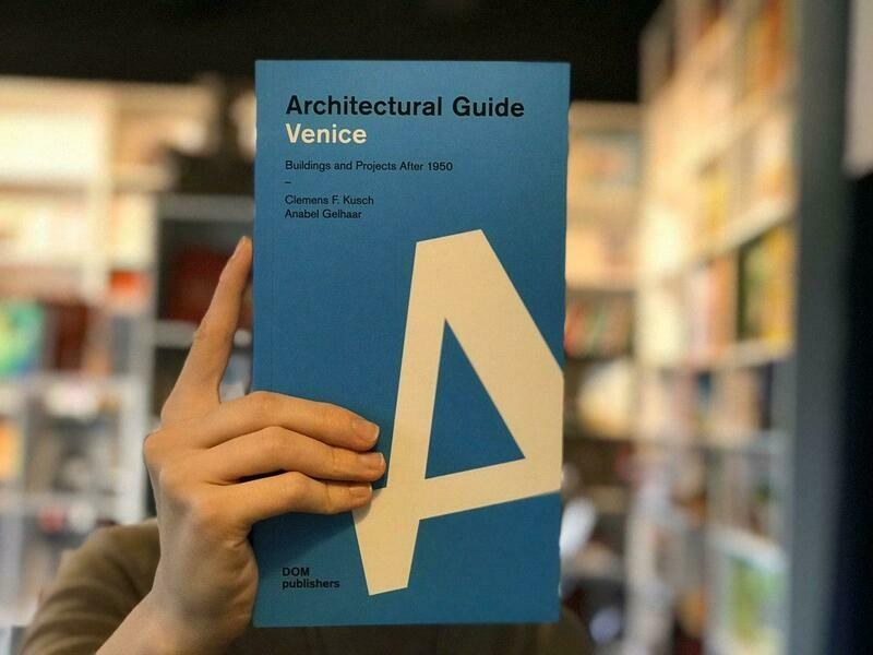 Венеция. Архитектурный путеводитель (Английский)