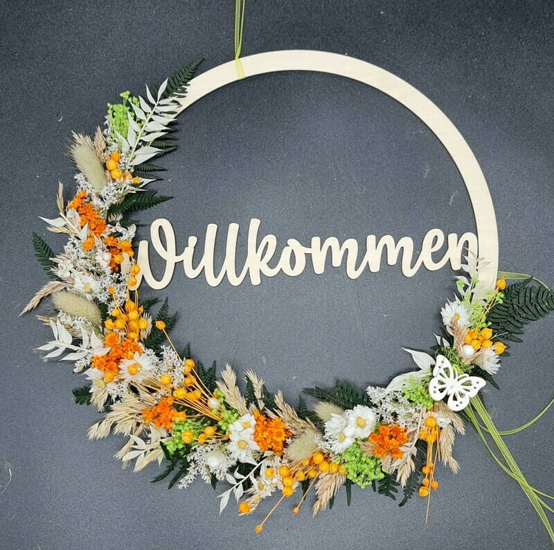 Flower Hoop mit Trockenblumen