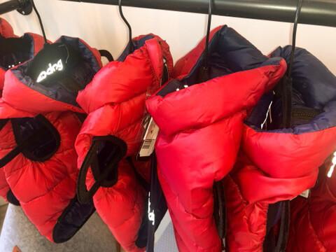 Pack-N-Go Reversible Red/Navy Puffer Vest