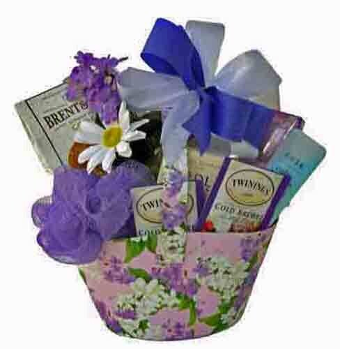 Small Lavender Gift Basket