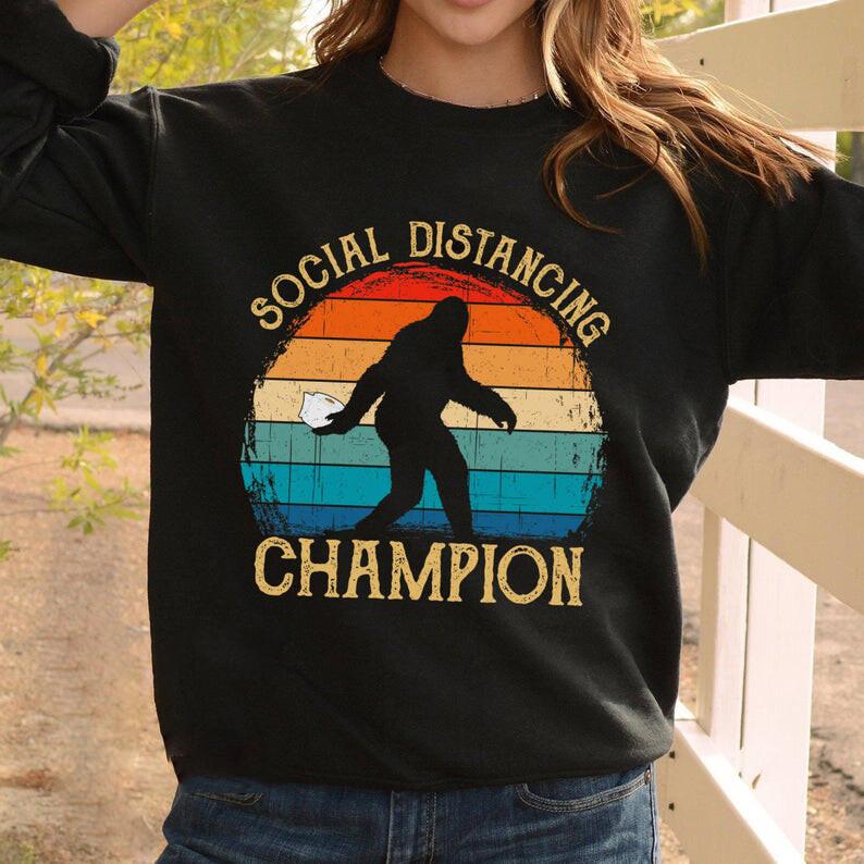 Vintage Bigfoot Social Distancing Champion Shirt Retro Sunset Sasquatch Yeti T-shirt Gift For Men Women Anti Social Quarantined