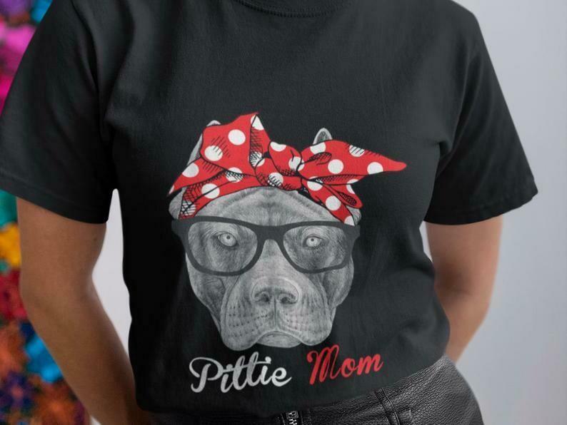 Pittie Mom Shirt, Pitbull Shirt, Pitbull Dog Shirt, Pitbull Face, Pitbull Vintage, I Love Pitbulls, Pitbull Mom Shirt, I Love My Dog Shirt