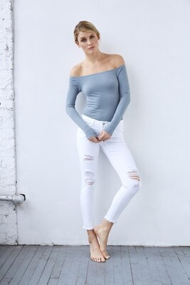 Distressed White Fray Hem Jean