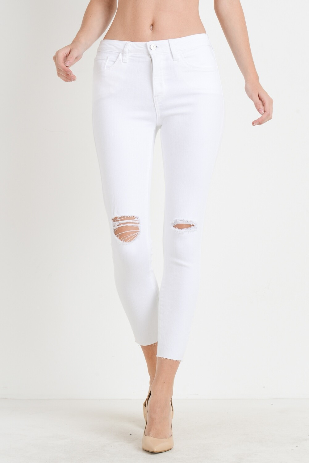 White High Rise Skinny Jean w Knee Destruction