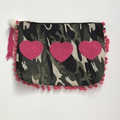 Camo Bag w Pink Hearts