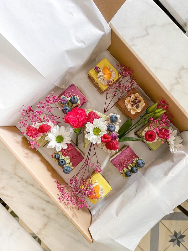 Health is Beautiful Cake Box XL (1Tag Vorbestellung)