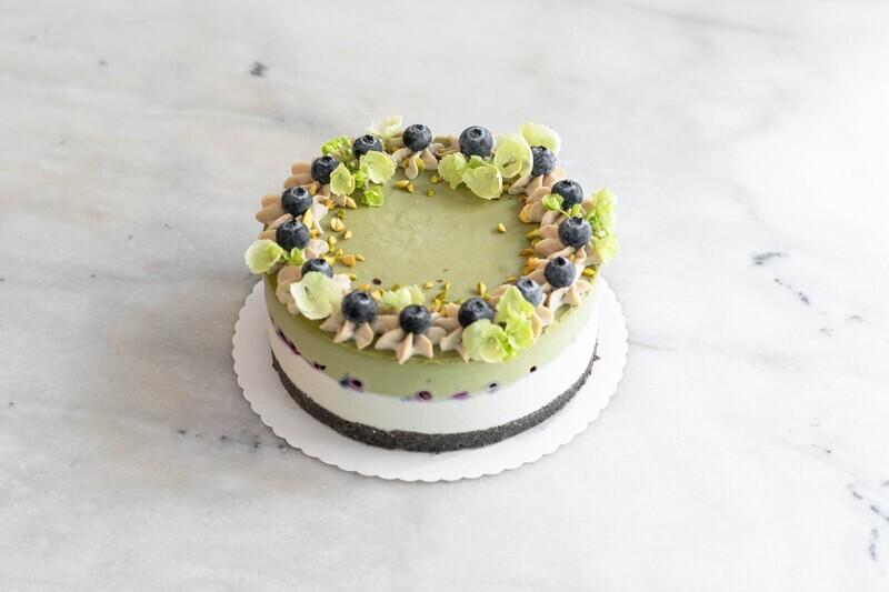 raw vegan Matcha-Vanille Cake