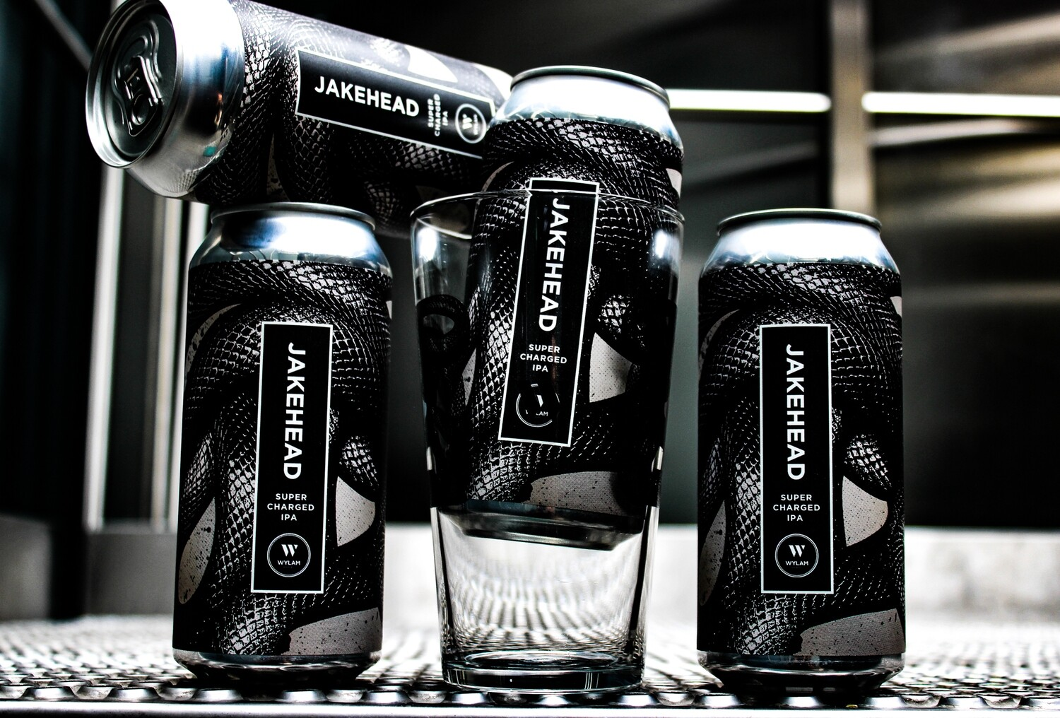 The Jakey Four Pack | 4 x 440ml Cans + 1 x Pint Glass