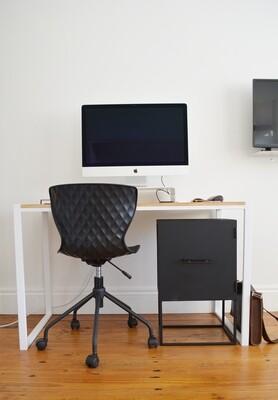 Worker V Desk