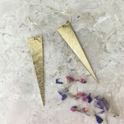 Isa & Roza | Golden Triangle Earrings