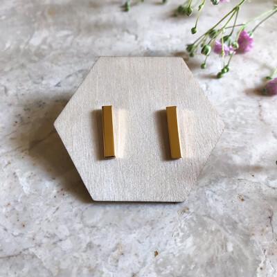 Isa & Roza | Golden Ear Studs Sticks