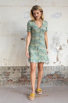 wearable stories | Emmy Dress with flowers print