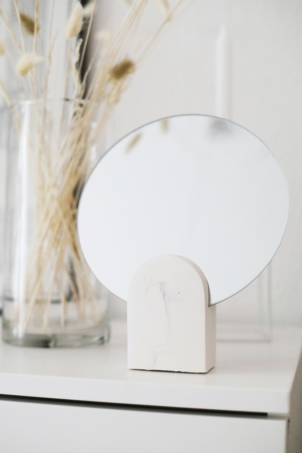 House Raccoon | Archie Mirror - White Marble