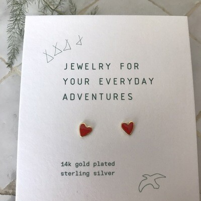 Selva Sauvage | Golden Earstuds Red Hearts - 14k Gold Plated Sterling Silver (a pair or a single)