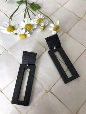 B'elle | Black Rectangle Wooden Eardrops