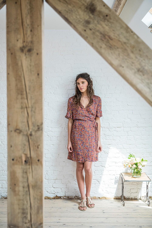 Olá Lindeza | Wrap Dress Wild Flowers - Viscose (last one - a size S)