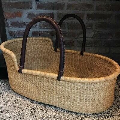 Olá Lindeza | Natural woven baby moses basket
