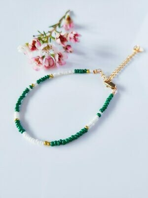 Isa & Roza | Green white golden pearls Bracelet