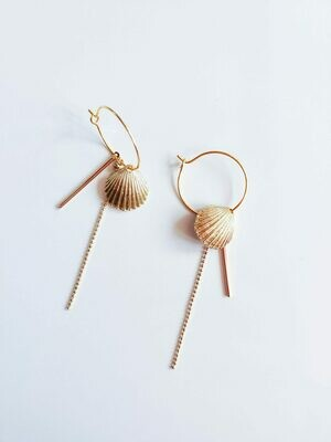 Isa & Roza | Golden Shell Earrings