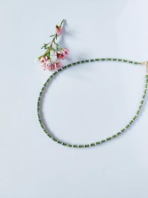 Isa & Roza | Pearls Necklace - khaki green & light blue