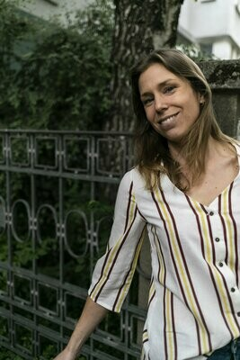 Olá Lindeza | Striped Linen Shirt with Wooden Buttons - Yellow Brown